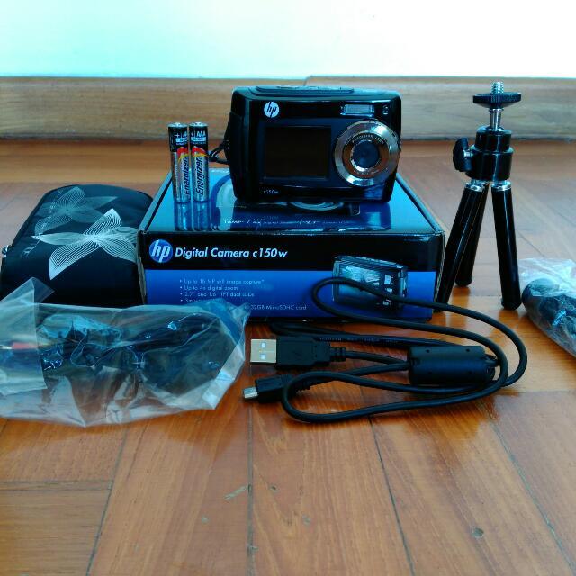 *Waterproof!* HP Digital Camera