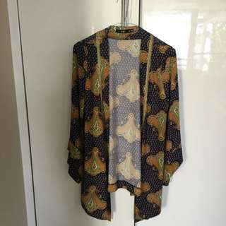 Sportsgirl Cape With Bell Arms XS
