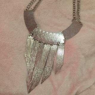 LOVISA Necklace #4