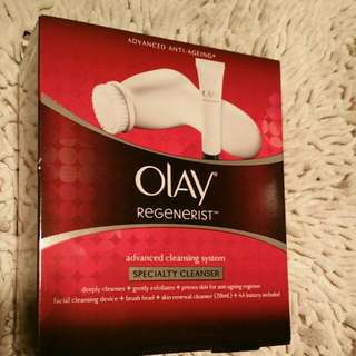 Olay Regenerist Speciality Cleanser