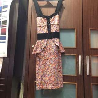 H&m 碎花洋裝 窄裙