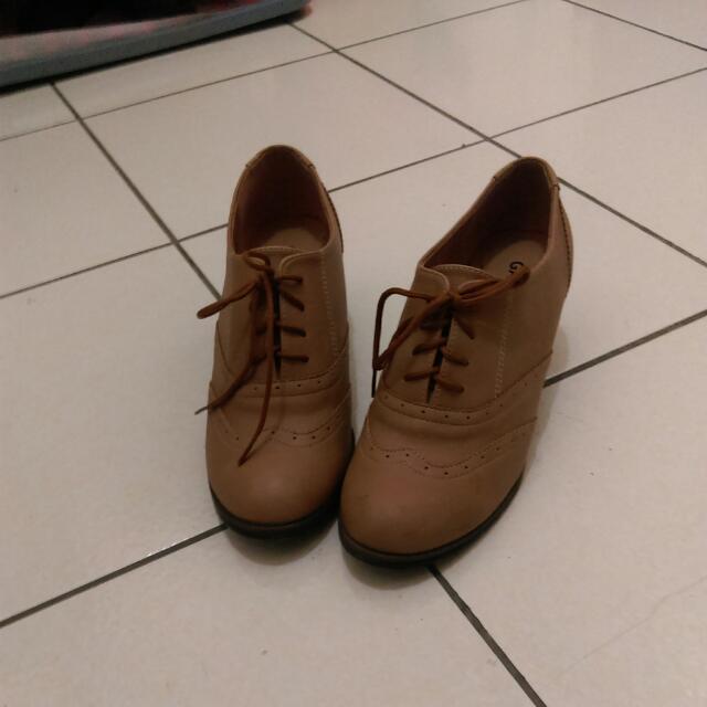 淺咖啡牛津鞋