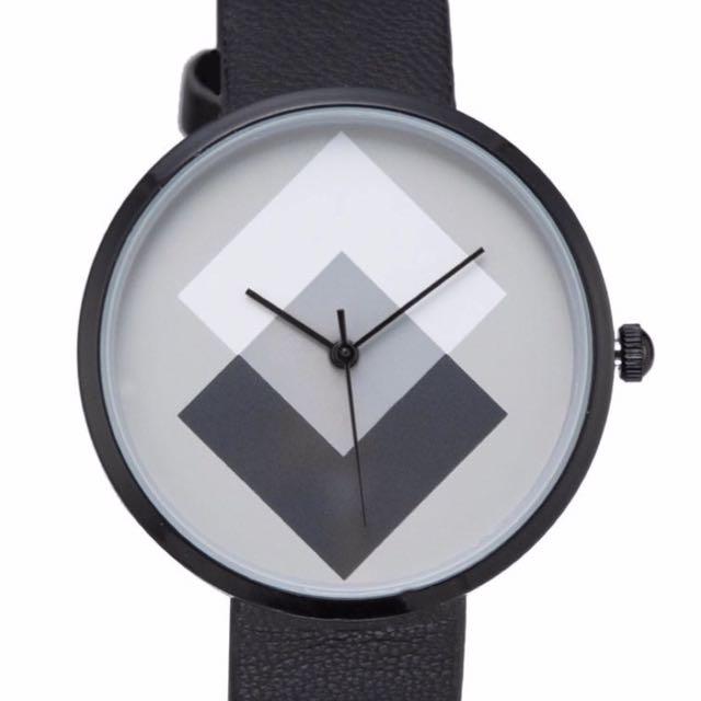 時尚造型手錶👍🏻👍🏻👍🏻