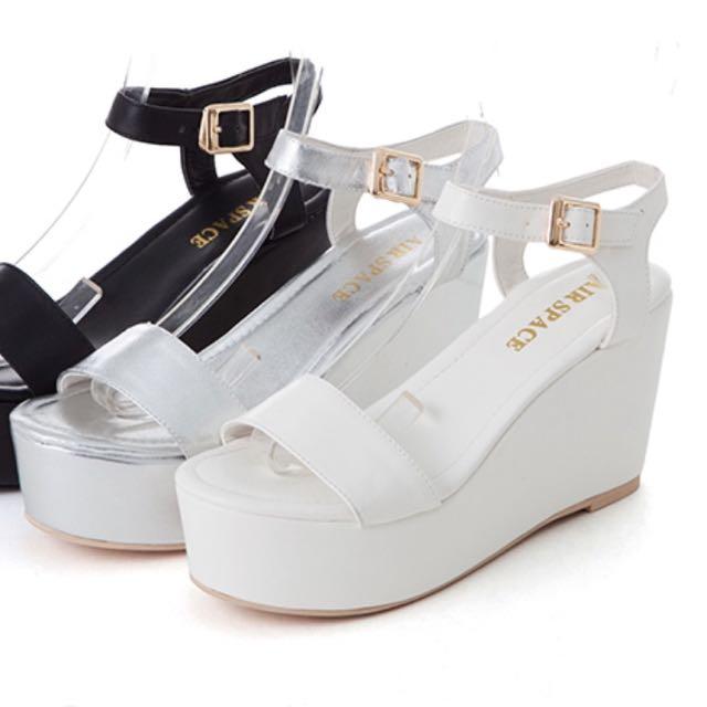 air Space涼鞋