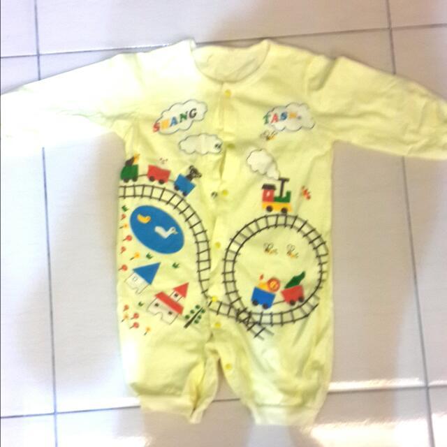 Baby連身長袖兔裝