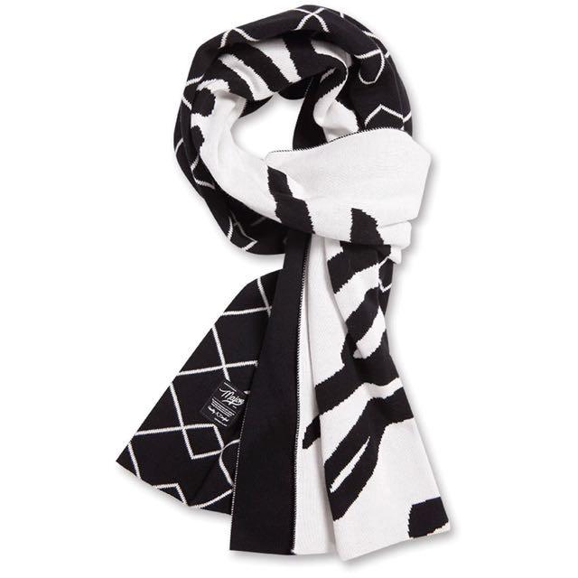 MJR 個性百搭字母菱格雙面針織圍巾