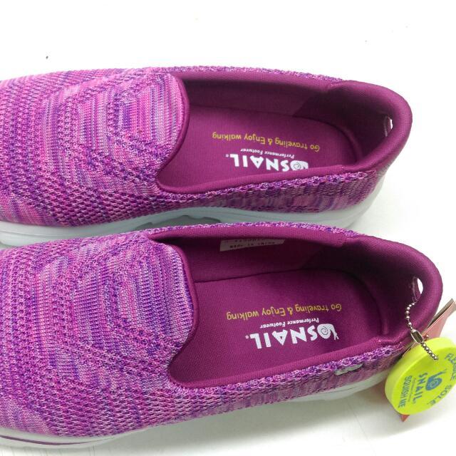 SNAIL鞋