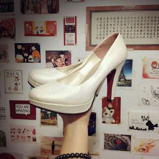 {保留}白色亮粉高跟鞋35/22.5