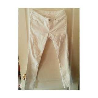 免運🇯🇵日本G.U購買 白色 窄版 牛仔褲