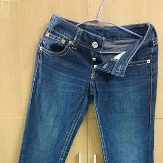 🚚 Levi's女牛仔褲