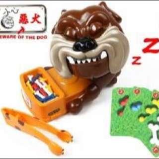 原來這很夯,連藝人都在團喔~~韓國 朋友 親子遊戲 小心惡犬