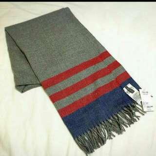 Gap最新款圍巾