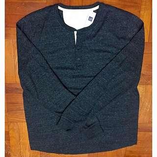 (BNWT) Authentic GAP Long Sleeve Henley Sweatshirt