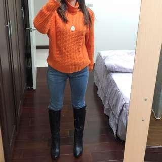 鮮橘色針織毛衣