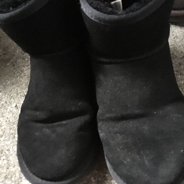 黑色短雪靴