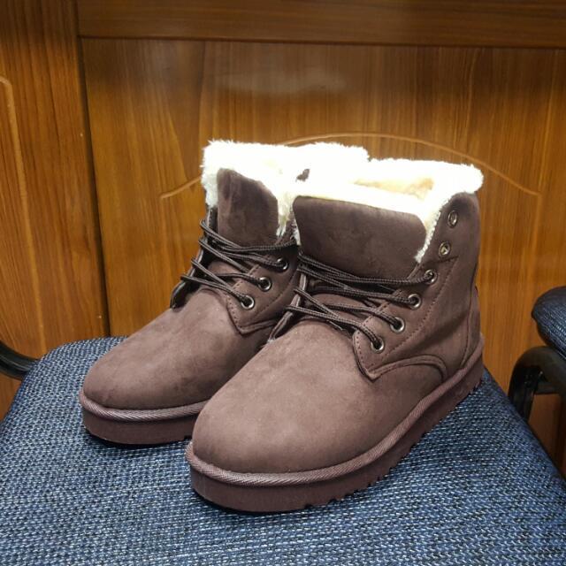 含運出清  雪靴  棕色 38號  全新
