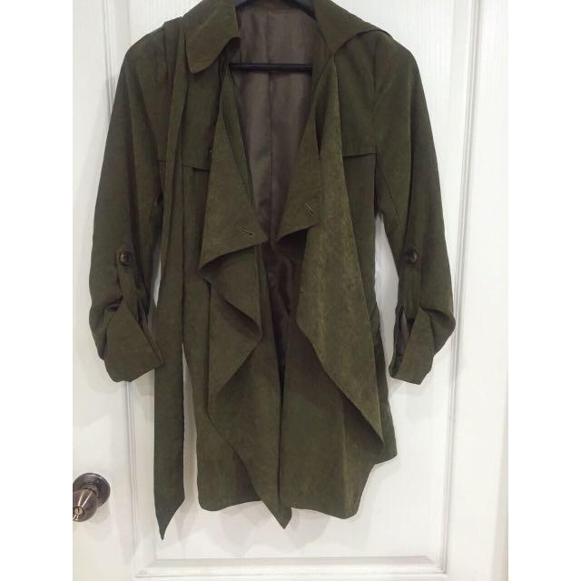日貨專櫃 Tre 軍綠帥氣風衣綁帶外套