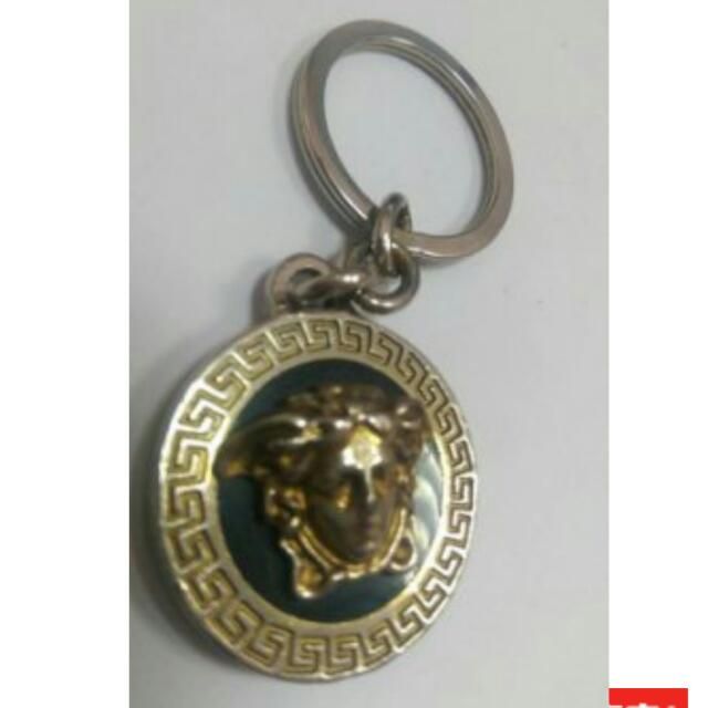 收.  凡塞斯versace 此款式的項鍊或鑰匙圈。。。等