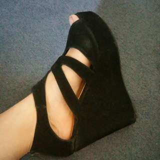Black Suede Wedges Sz 9
