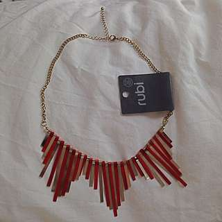 Rubi Red/gold Necklace