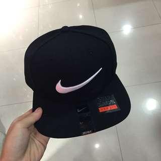 Nike 排釦 黑白 經典 帽子