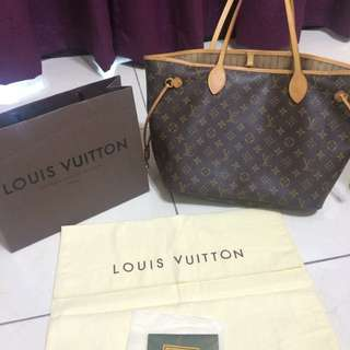 LV經典款包包