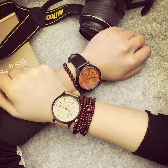 木紋。手錶。