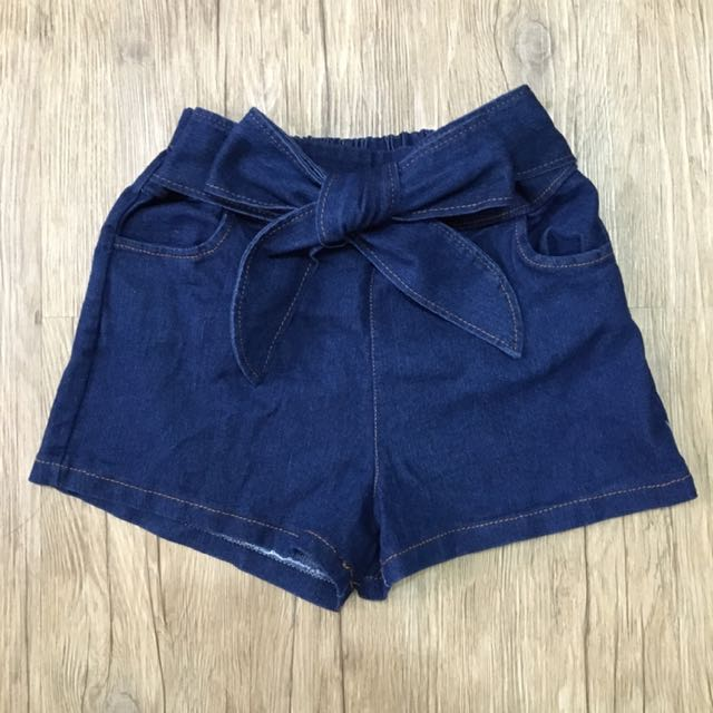 牛仔蝴蝶結短褲(全新)