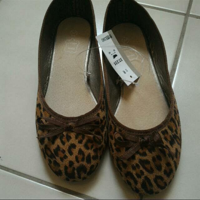 (全新)豹紋休閒鞋