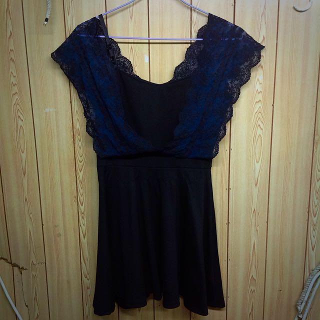 黑色修身小洋裝