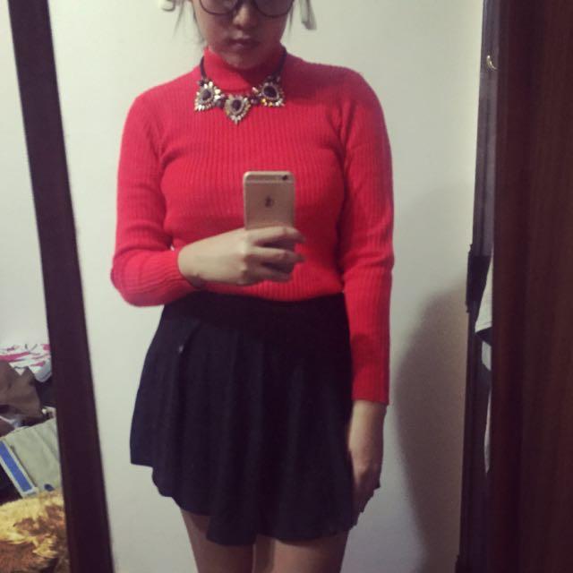 大紅針織高領衣
