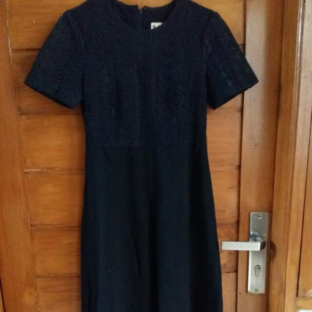Preloved Black Dress  Atasnya Brokat