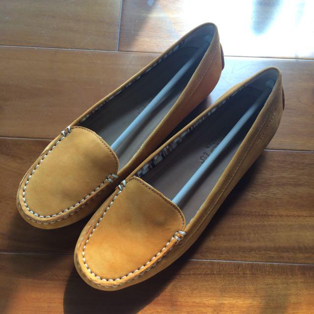 全新Tamaris 麂皮豆豆鞋