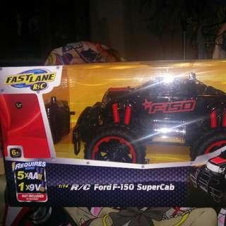 Powerful Remote Control Ford F150 Supercab 1:14