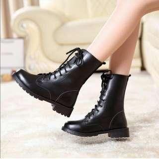 馬丁靴長靴中靴高筒中筒皮靴機車靴工程靴綁帶鉚釘黑色軍靴英倫靴含加大尺碼35、36、37、38、39、40、41、42