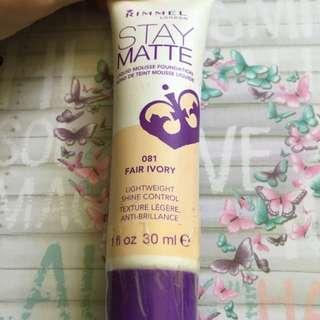 Rimmel London Stay Matte 081 Fair Ivory