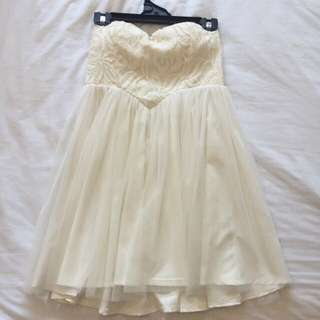West End Doll Strapless