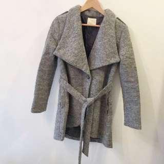 淺灰色 羊毛翻領外套