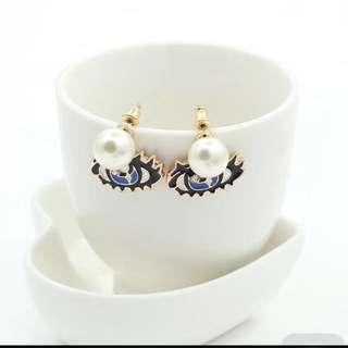 🚚 歐美飾品 韓版眼睛耳環 寶石珍珠耳釘