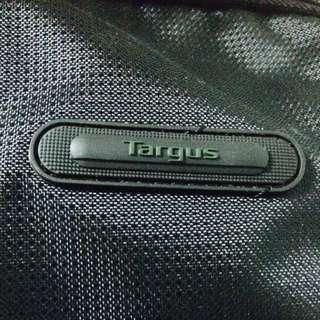 Targus多功能後背電腦包