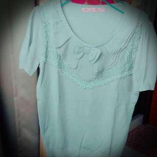 灰綠色圓領蝴蝶結蕾絲針織上衣