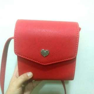 (八成新)硬殼紅色小包包