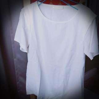 素面白色袖打折造型雪紡短袖上衣