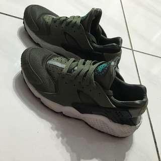 Nike Huarache 墨綠 8成新