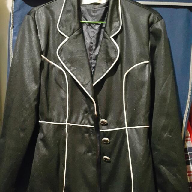 ☺黑色外套