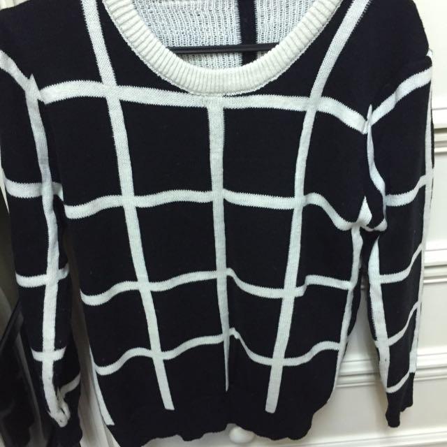 黑白格子毛衣