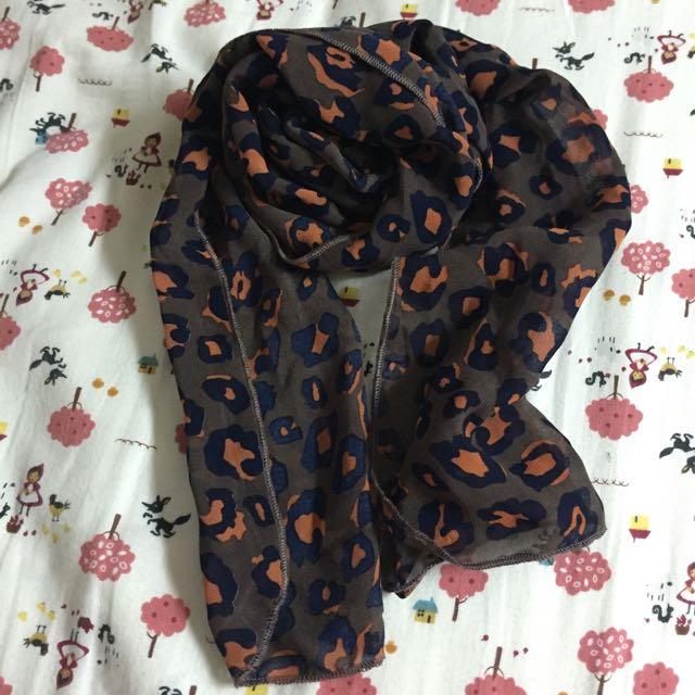 豹紋絲質圍巾