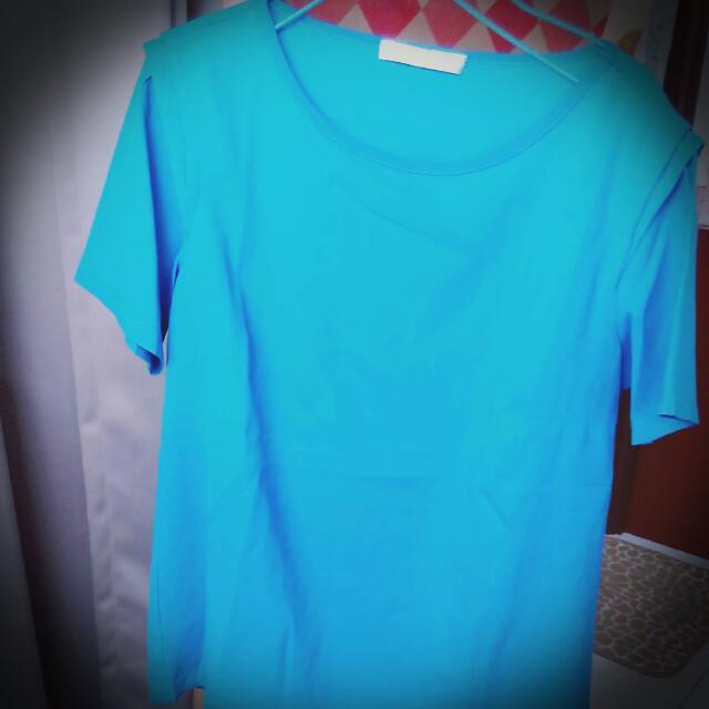 素面青藍色袖打折造型雪紡短袖上衣