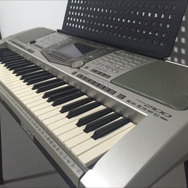 YAMAHA PSR 2100 Digital Keyboard, Music & Media on Carousell