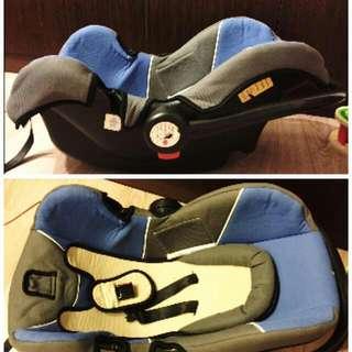 二手提籃式汽車安全座椅